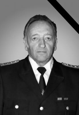 Vorschaubild zur Meldung: Kamerad Manfred Dorn verstorben - Die Feuerwehr Schwarzheide trauert