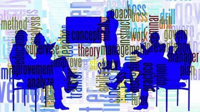 https://pixabay.com/de/illustrations/pr%C3%A4sentation-trainer-coach-tutor-407291/
