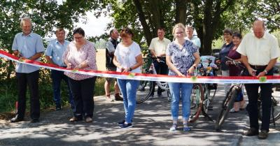 Vorschaubild zur Meldung: Neuer Radweg zwischen Riedebeck und Gehren freigegeben