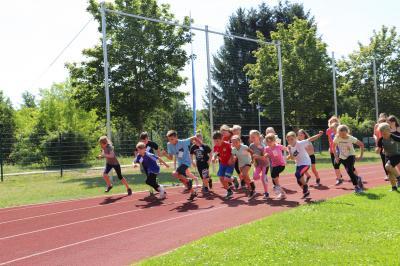 Foto zu Meldung: Sportabzeichentag für Kloster Lehniner Kinder🥇