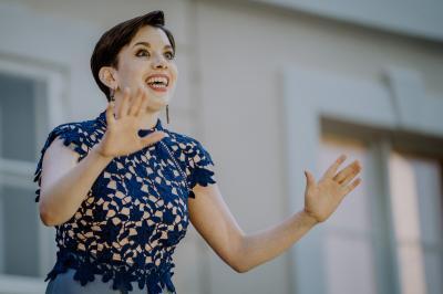 Fotografenherz | Sopranistin Anne Sorbara beim Konzert auf Schloss Grube im Jahr 2019