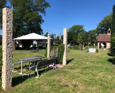 Bürger schlagen vor – Gemeinde handelt  Sonnenschirme für den St.-Georg-Park