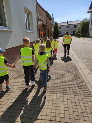 """Vorschaubild zur Meldung: Tag der Verkehrserziehung in der Kneipp-Kita """"Hasenwinkel"""" in Wolferode"""
