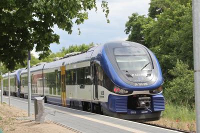 Vorschaubild zur Meldung: Pünktlicher und zuverlässiger: Jeder 2. NEB-Zug bis Lichtenberg