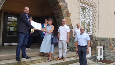 Vorschaubild zur Meldung: 422.000 € fließen in die Digitalisierung von Rodewischs Schulen