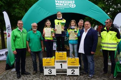 Dreifach-Erfolg: Cottbuser Schülerlotsen nutzen Heimvorteil bei Landesmeisterschaften