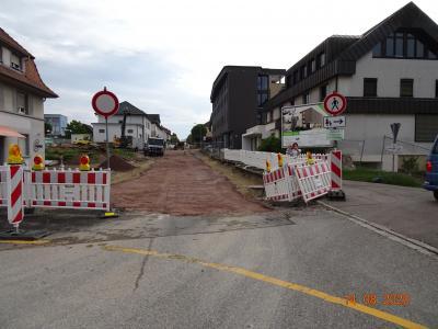 Baupiste Zufahrt Parkplatz hinter der Sparkasse