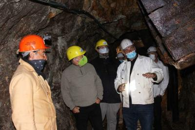 Foto zur Meldung: Pressebericht Badische Zeitung zum Besuch von MdL Frey im Besucherbergwerk Finstergrund