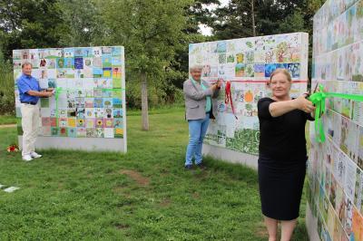 Vorschaubild zur Meldung: Fliesen erinnern an die Landesgartenschau