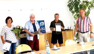 Foto zu Meldung: Zwei neue Wanderwegewarte ins Amt berufen