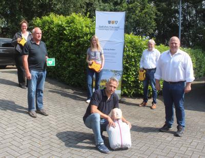 Bild der Meldung: 16 neue Defibrillatoren für Friesland