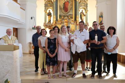 Foto zur Meldung: Im Taufsakrament die Liebe Gottes empfangen