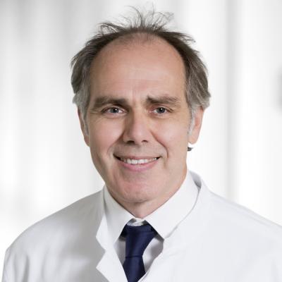 BUZ: Dr. (Univ. Antwerpen) Andreas Franke, Chefarzt Unfall- und Orthopädische Chirurgie im Evang. Krankenhaus Dierdorf/Selters