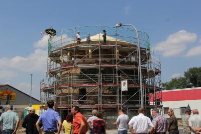 Richtfest alter Turm in Massen
