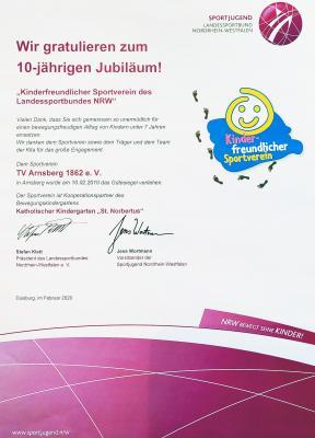 """Bild der Meldung: TV Arnsberg wird als """"Kinderfreundlicher Sportverein des Landessportbundes NRW"""" geehrt"""
