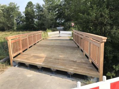 Foto zur Meldung: Schwimmbadbrücke