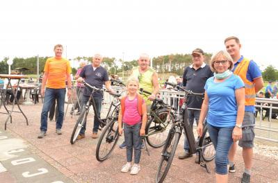 """Foto zur Meldung: 23. """"Tour de OSL"""" zog 270 Radfahrer in den Süden / Start und Ziel in Tettau im Amt Ortrand"""