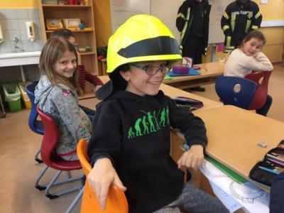 Foto zur Meldung: Besuch der Freiwilligen Feuerwehr Lesumstotel