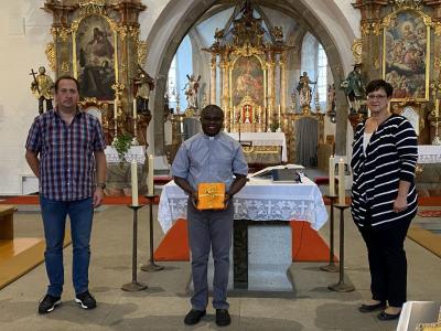 Bild der Meldung: Pfarrvikar Matthias Tang feiert erste Hl. Messe in unserer Pfarrei