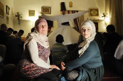 Foto zur Meldung: Wie aus der Katholikin Edith die Muslimin Fatima wurde  von Annette Kuhn