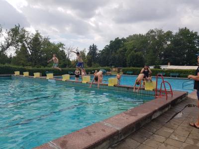 Vorschaubild zur Meldung: Schwimmlager