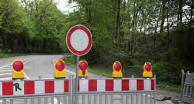 Vorschaubild zur Meldung: Update: Aktuelle Verkehrseinschränkungen: L 235 Hzg. - Mägdesprung / Vollsperrungen aufgrund Anleiterproben Harzgerode innerorts