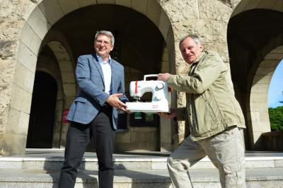 Bürgermeister Dr. Oliver Hermann (l) und Lothar Wuttke vom Veritasklub I Foto: Martin Ferch