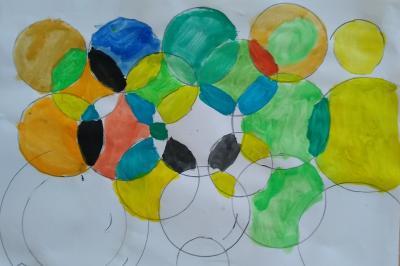 Foto zur Meldung: Klasse 4a: Versuche mit dem Zirkel