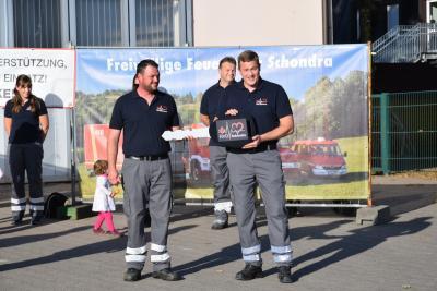 Foto zur Meldung: Helfer vor Ort mit neuem Fahrzeug