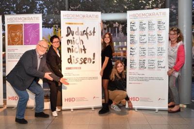 Foto Stadt Kaarst | Perleberger Delegation nahm 2019 an der Ausstellungseröffnung HS Demokratie von Hochschule Düsseldorf in Kaarst teil.
