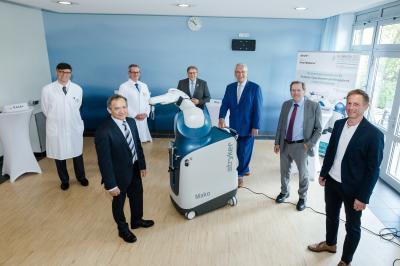 Bild der Meldung: Neuer Operationsroboter im Kommunalunternehmen Kliniken des Landkreises Neustadt a.d.Aisch-Bad Windsheim