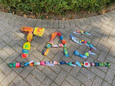 """Foto zur Meldung: Aktion """"Wunsch-Stein"""" zum Weltkindertag"""