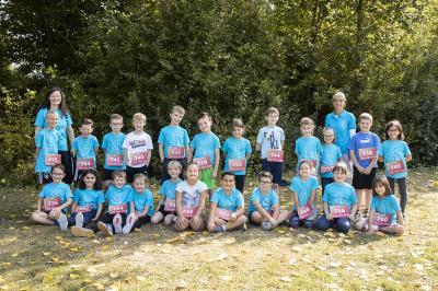 Foto zur Meldung: HomeRun-Kids aus der Grafschaft liefen für die Rechte aller Kinder