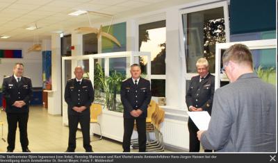 Vorschaubild zur Meldung: Bestätigung & Vereidigung der neuen Amtswehrführung
