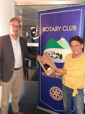 Foto zur Meldung: Kinderschutzbund besucht Rotary Club Adenau-Nürburgring