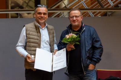 Bild der Meldung: Silberne Ehrennadel des LSB für Thomas Buttenberg