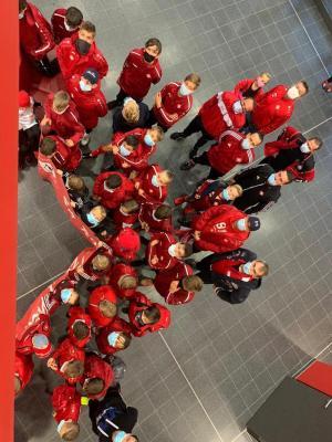 Foto zur Meldung: Abteilung Fußball: Demonstration bei Gemeindevertreterversammlung