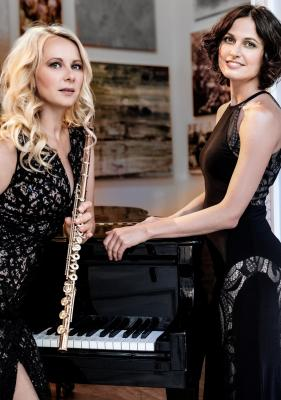 Anna Wierer (Flöte) und Alina Pronina (Klavier) I Foto: Brandenburger Festspiele
