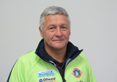 """Klaus Baacke wird """" Trainer des Jahres"""""""