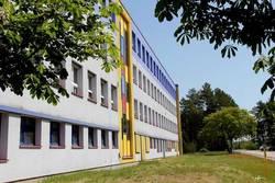 keine fremden Personen mehr in Kitas und Schulgebäude