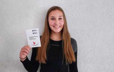 Vorschaubild zur Meldung: Hannah Kaulen hat ihre Ausbildung zum Sporthelfer erfolreich absolviert