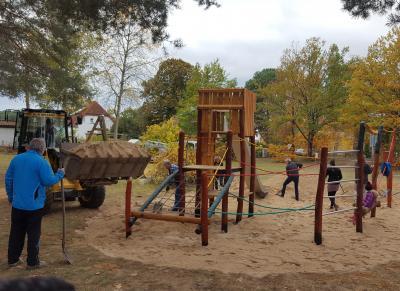 Vorschaubild zur Meldung: Spielplatz in Süd mit neuer Spielanlage