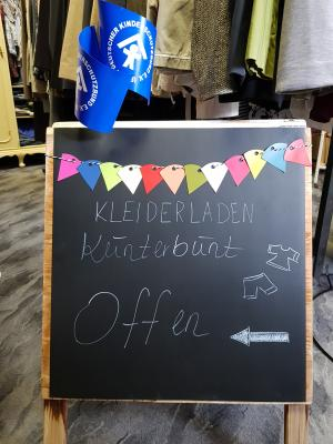Foto zur Meldung: Kleiderladen Kunterbunt seit 26. Oktober wieder geöffnet!
