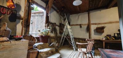 Foto zur Meldung: Putzaktion im Ältesten Haus