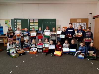 Foto zur Meldung: Die Klasse 3 führt eine Buchmesse durch
