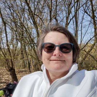 Dagmar Klein engagiert sich beim Telefonischen Besuchsdienst der Maintal-Aktiv – Freiwilligenagentur und hat bereits interessante Erfahrungen gesammelt. Foto: Dagmar Klein