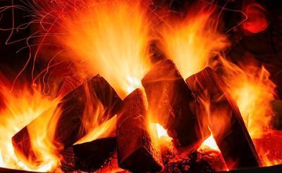 Bild der Meldung: Dunkle Zeit? Wie der Atem das innere Feuer anfacht