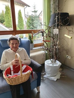 """Foto zur Meldung: Ein Gruß in das Seniorenheim bei uns in Miltach """"hinein"""""""