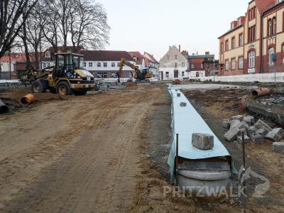 Die Arbeit auf der Baustelle am Postplatz kommt voran. Foto: Beate Vogel