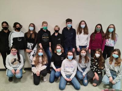Die Teilnehmer und Teilnehmerinnen der Klasse 8a